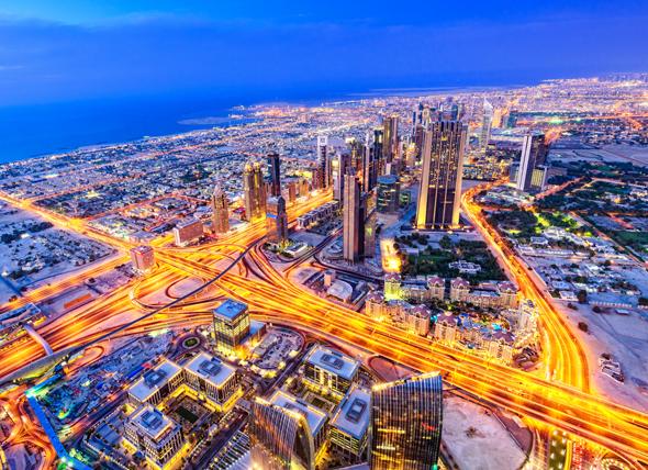 dubai-night-sheikh-zayed-road