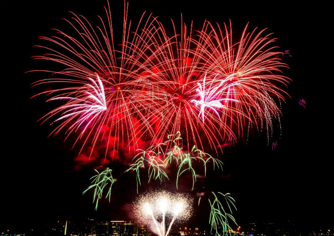 Yas Island Joy of Eid Fireworks_1