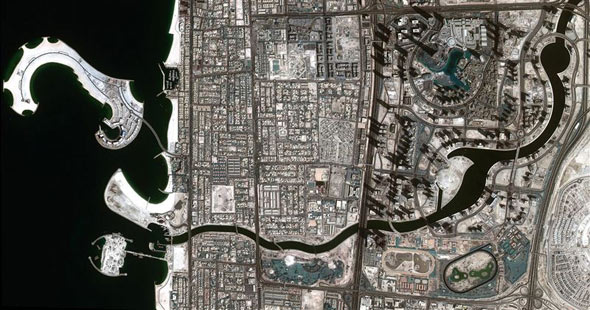 dubai-canal-space