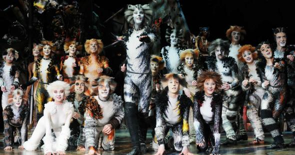 Cast CATS Tour