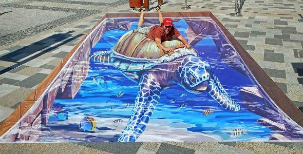 3d-streetpainting-3d-turtle-2-remko-van-schaik-3d-streetart-festival-dubai-canvas-2016-1