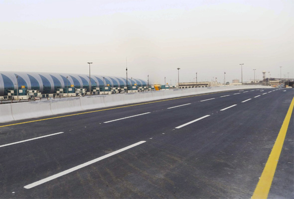 New bridge reduces airport travel time from 30 minutes to 5