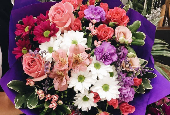 5 Florists To Buy Your Valentine S Bouquet From What S On