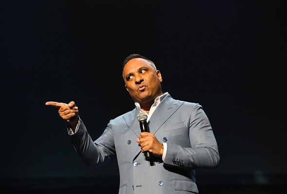 Comedy star Russell Peters to launch Dubai Arena on June 6
