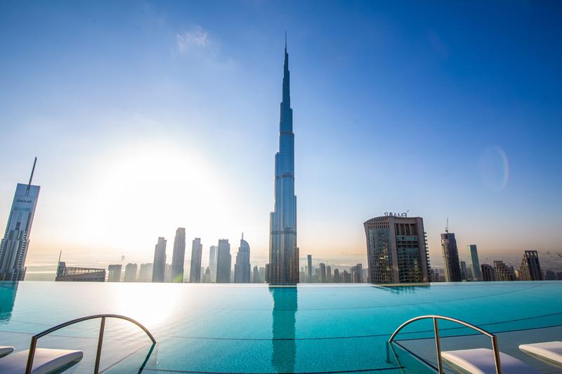 Ce La Vi Rooftop Pools in Dubai