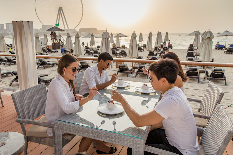 wavebreaker beachfront restaurant dubai
