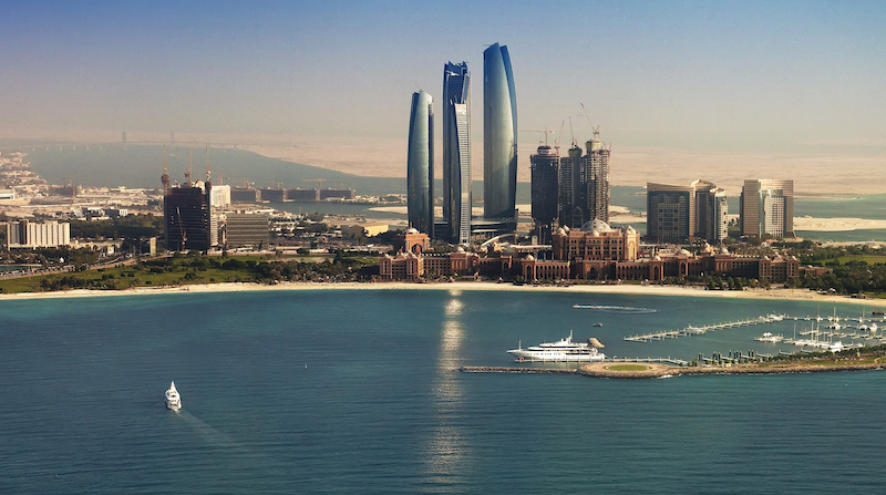 flying in and out of Abu Dhabi, what to do if flying in or out of abu dhabi, can tourist fly into abu dhabi, what are the rules of tourists in abu dhabi