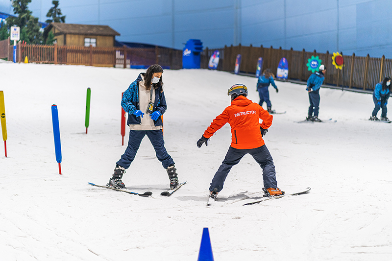 learn to ski ski dubai