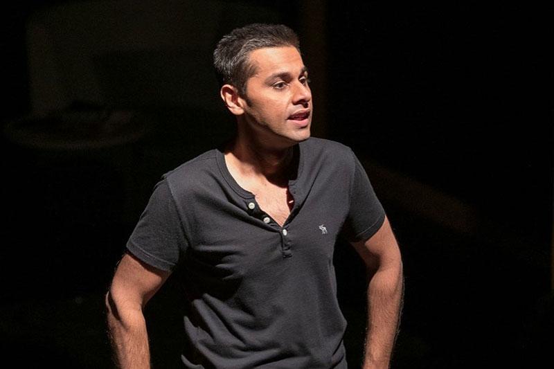 Asad Raza Khan performing