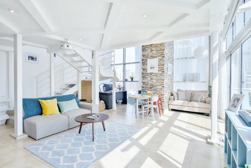 Airbnb JLT loft