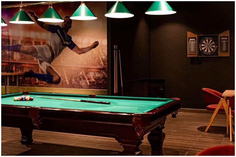 Exit Sports Bar