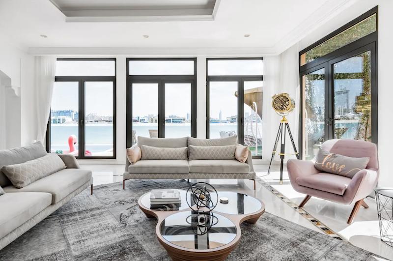 Palm Jumeirah Villa airbnb