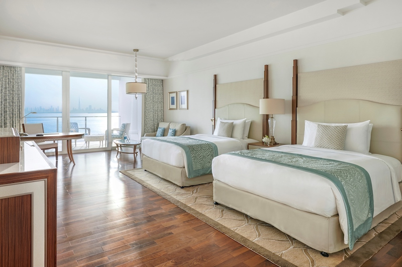 Queen Bed Room in Family Rooms and Suites