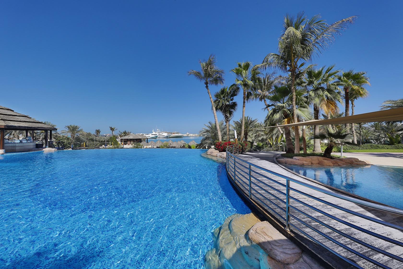 Le Meridien Mina Seyahi black friday hotel deals
