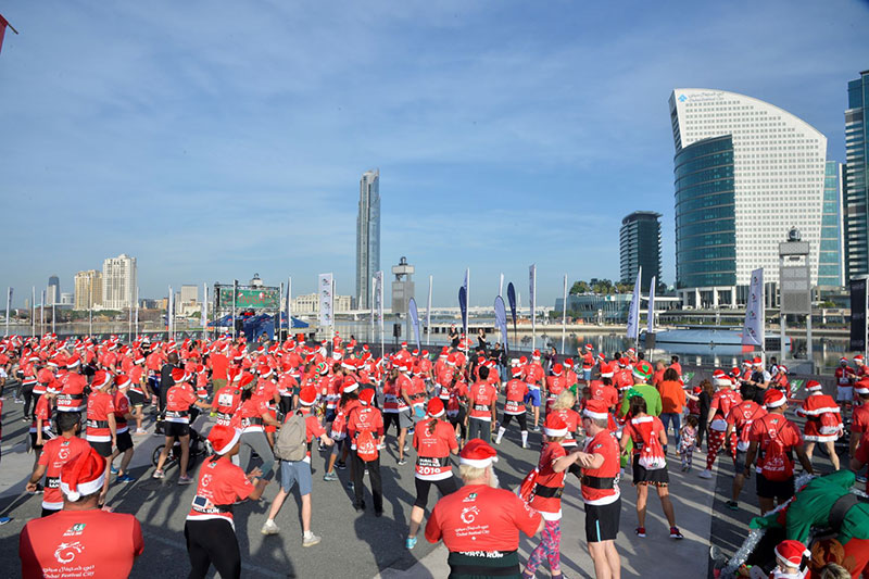 Santa Run Dubai Festival City