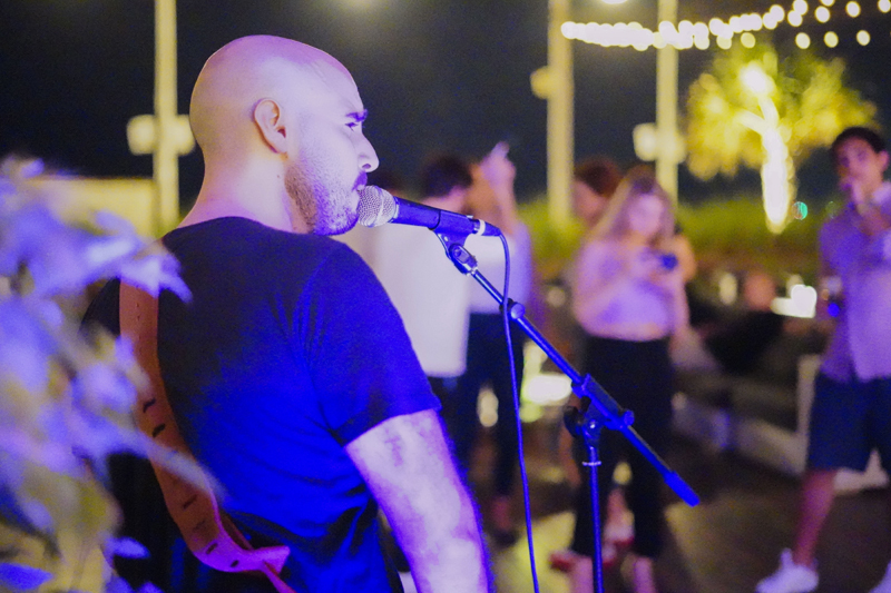 cove beach Unplugged live music dubai