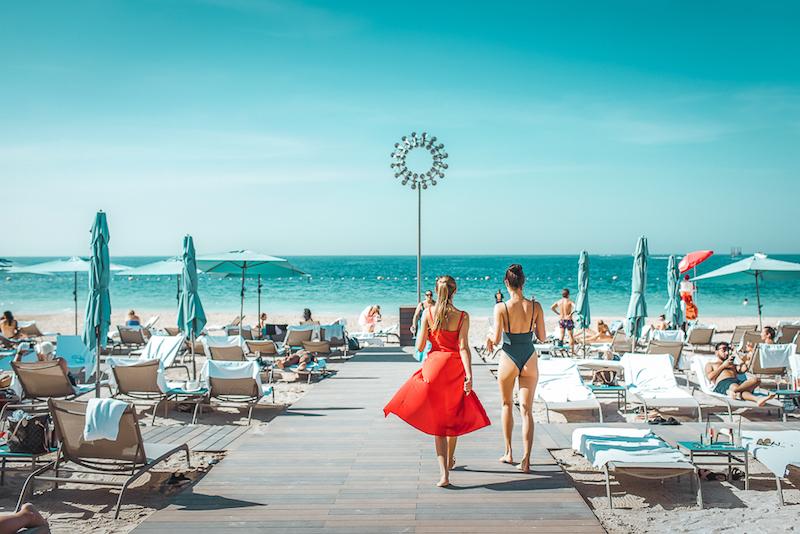 Cove Beach Ladies Day