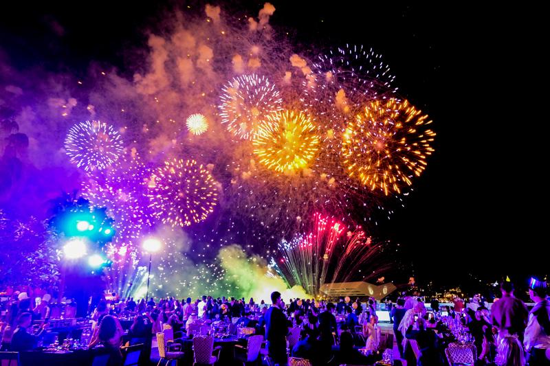 Skyline fireworks - InterContinental Dubai Festival city