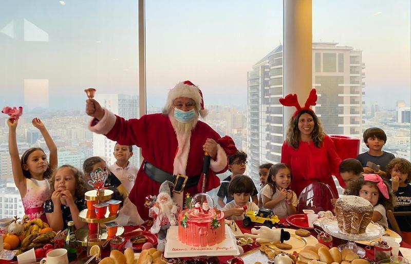 hire santa in Dubai