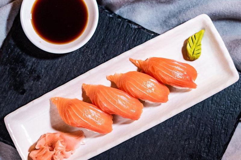 sushi at moshi