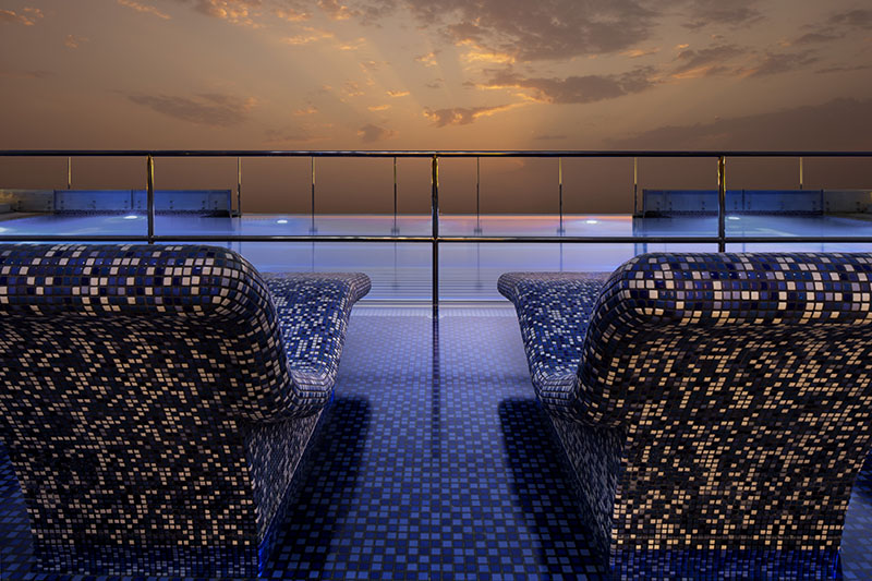Le Meridien Dubai Staycation
