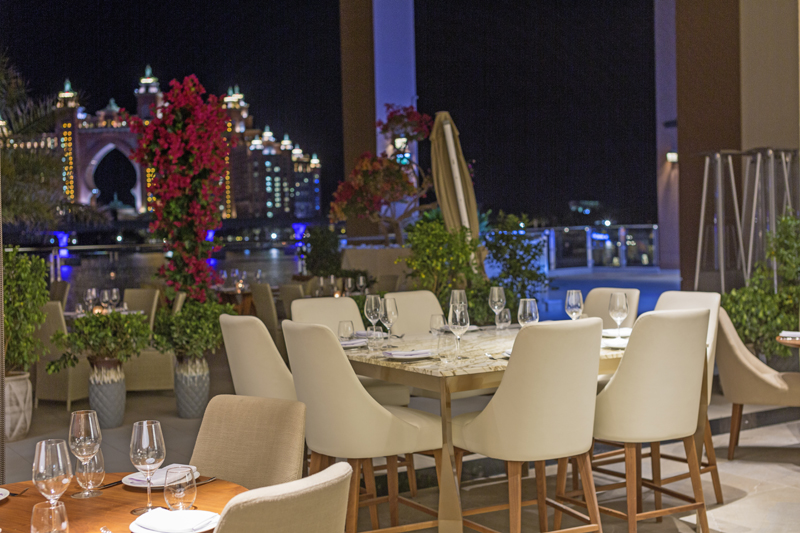 aiza restaurant the pointe dubai