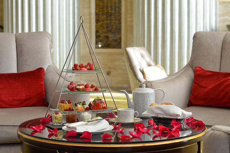 Afternoon tea - The St. Regis Abu Dhabi