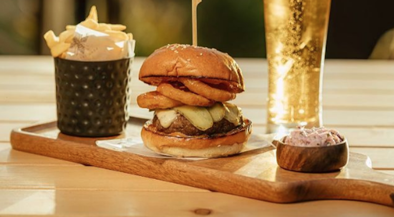 Dubai burger and beer deals