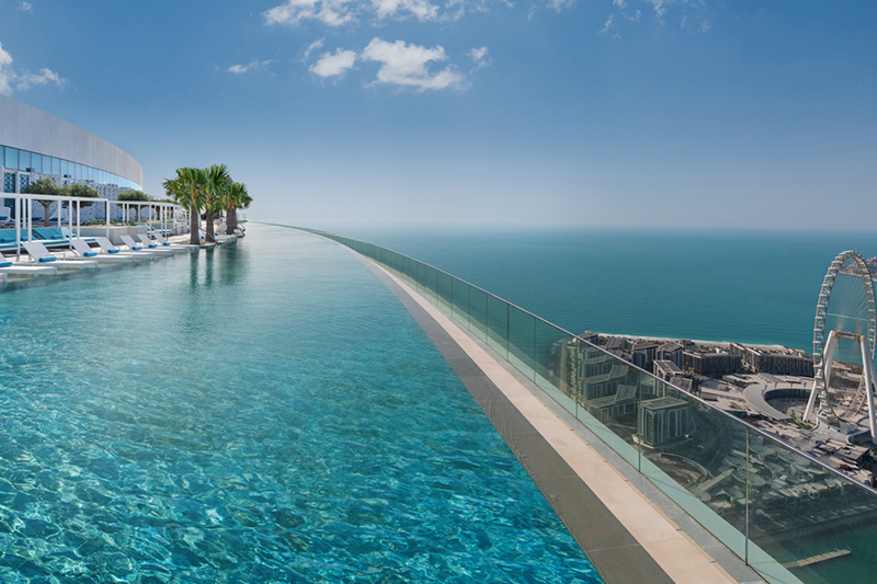 Incredible Rooftop Pools in Dubai