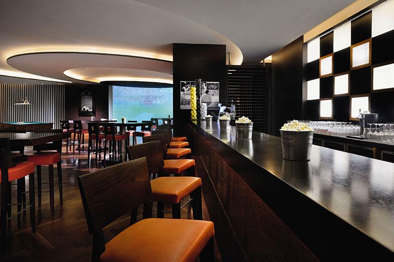 West Beach Bistro & Sports Lounge