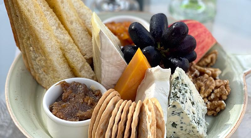 wine and cheese dubai